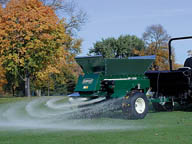 Turfco WideSpin 1530 Top Dresser Line - Image