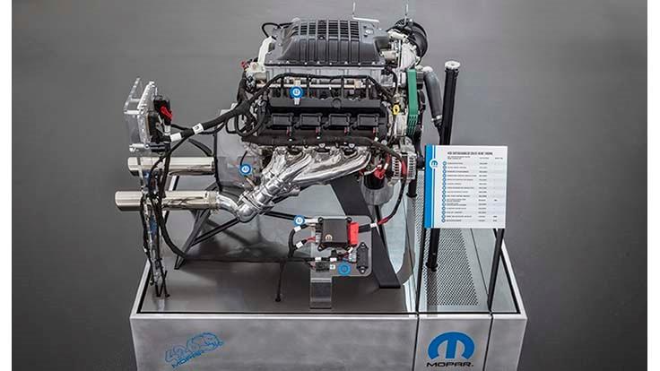 Fca Launches 1 000hp Hellephant Crate Engine For Speed Enthusiasts