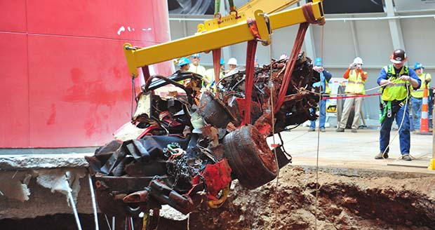 Corvette museum to fill in sinkhole, GM to restore 3 of 8 damaged cars