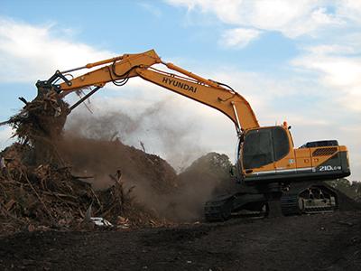 R210LC-9 Crawler Excavator - Image