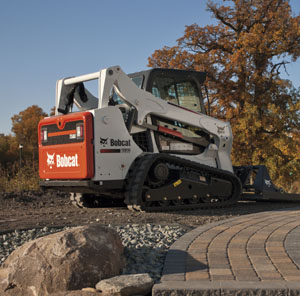 500 Frame-Size Skid-Steer and Compact Track Loaders - Image
