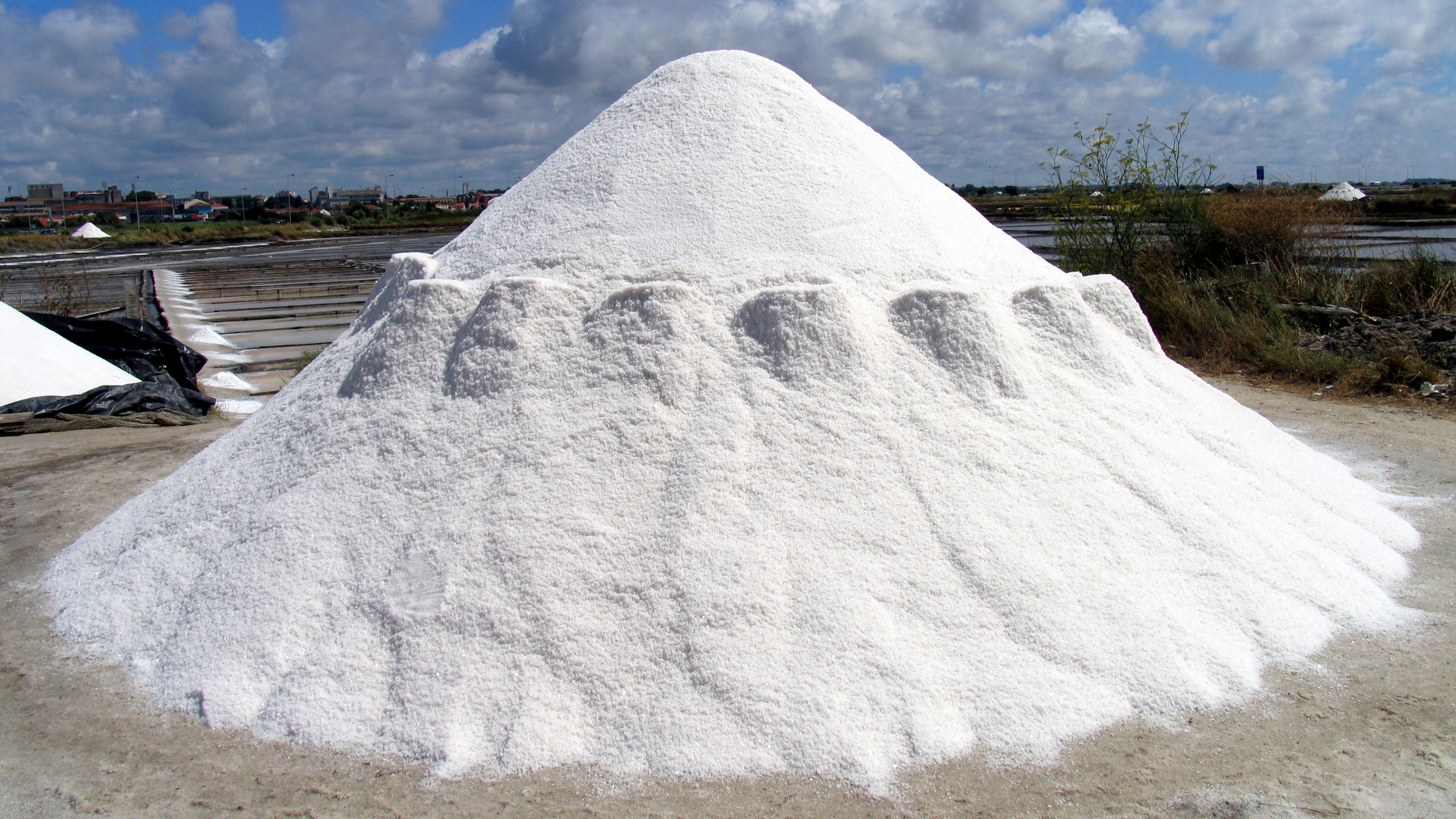 Dealing with salt issues - Snow Magazine